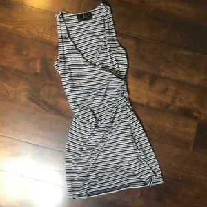 Jack dress. Short. Gathering on left side waist